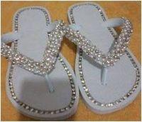 Zapatillas / chanclas bordado con diamantes de imitación y de la perla -